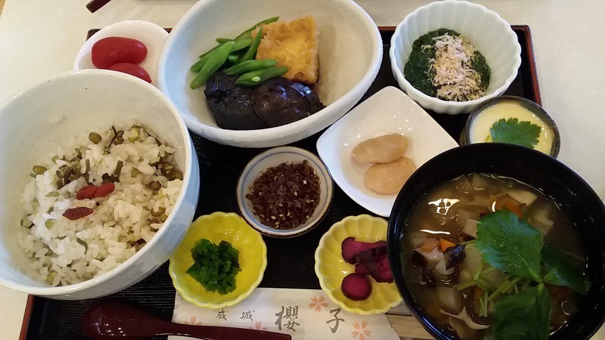 都市農地野菜を食す!「成城 櫻子」の「おきまり」